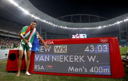 record-Niekerk_1632446834_33365447_1390x900